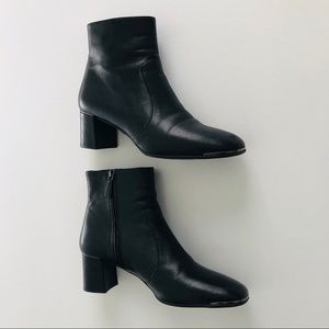 Prada Sz8.5/38.5 Chelsea Boots Black